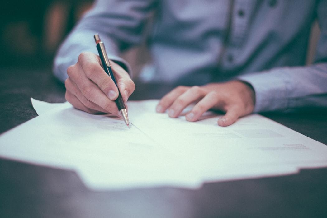 ondertekenen documenten advocaat amsterdam